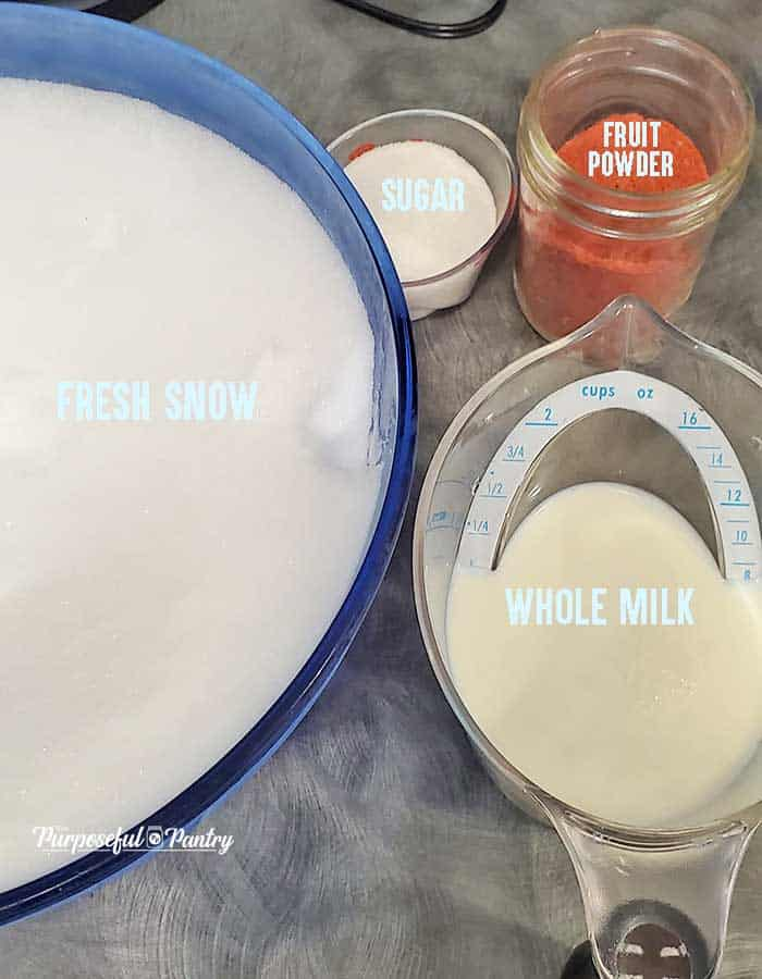 Ingredients list for Strawberry Snow Cream: Snow, sugar, fruit powder and milk